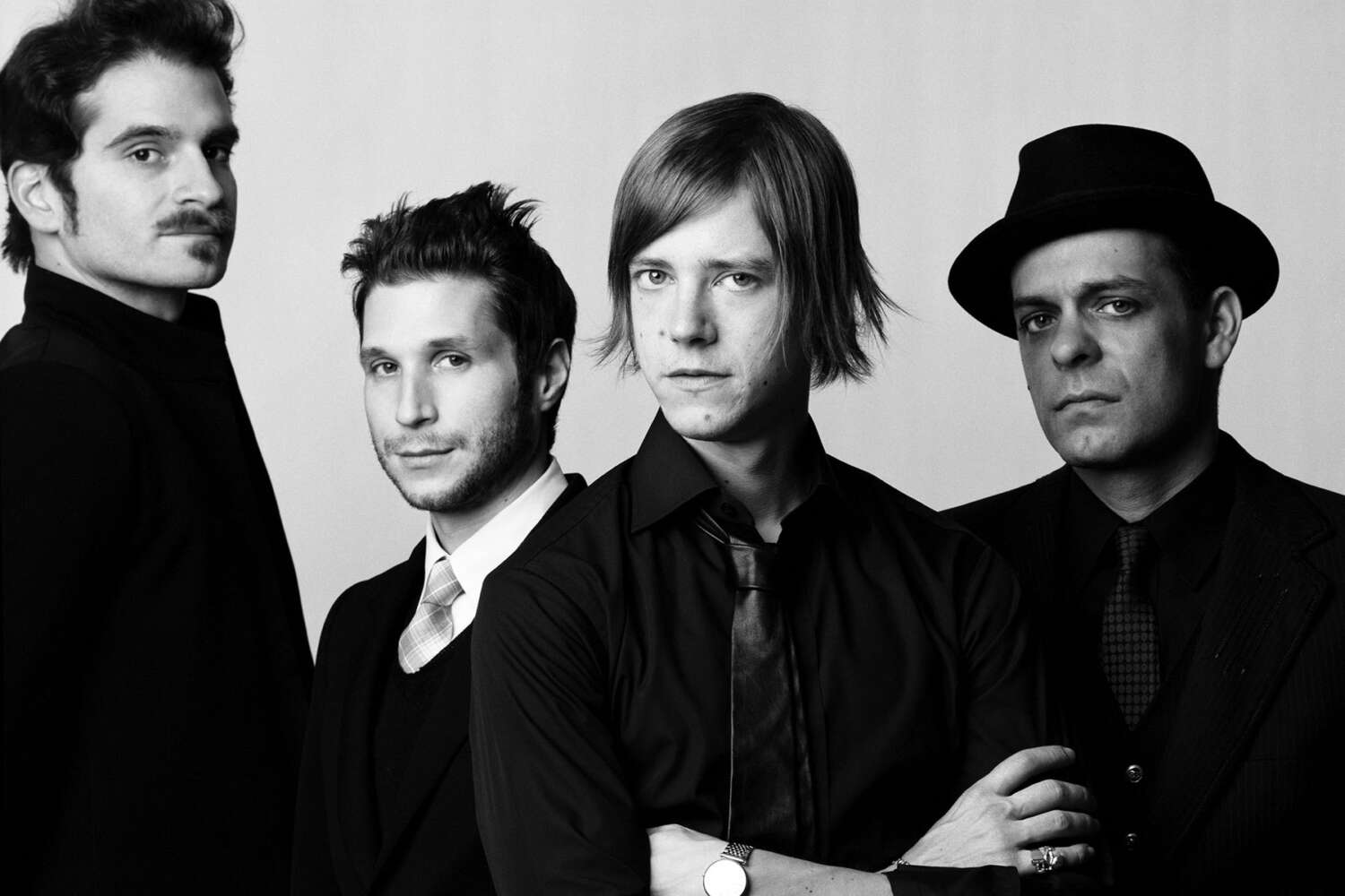 interpol - photo #34