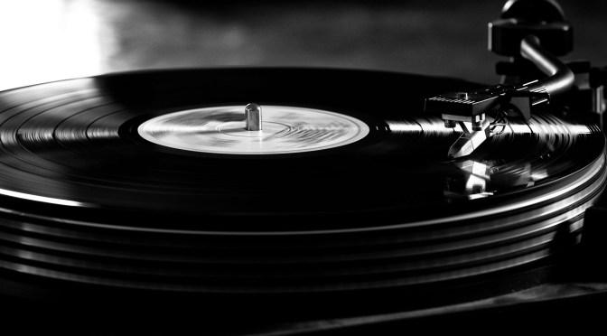 music-black-vinyl-disc-wallpaper