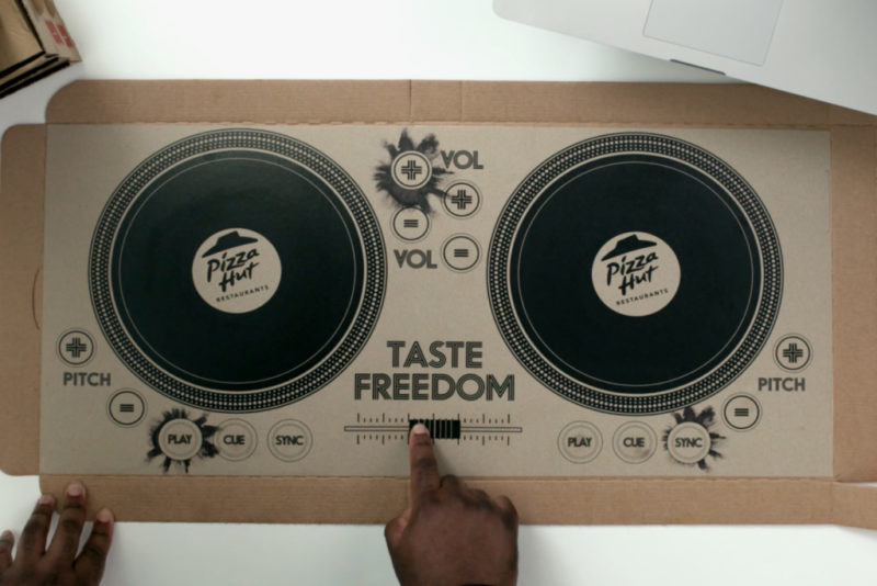 pizza-hut-pizza-box-dj-decks-1
