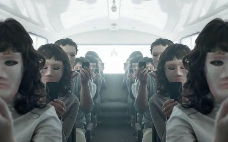 Black Mirror Bandersnatch da domani su Netflix