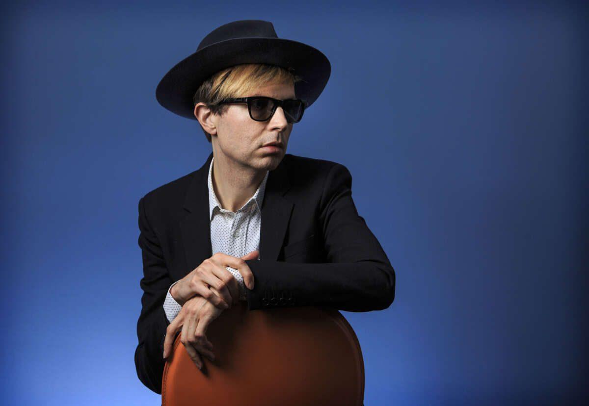 Beck, un altro estratto da