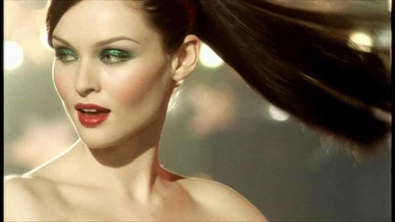 Le 100 Migliori Canzoni Pop Femminile Degli Anni 2000 Deer Waves