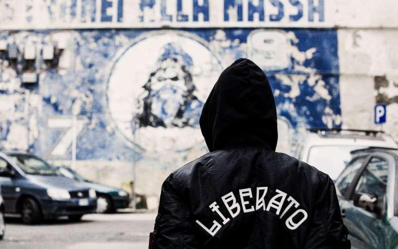 Liberato annuncia il concerto su Facebook, il 9 maggio sarà sul lungomare