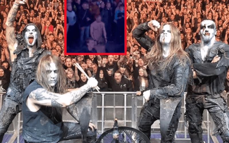 Concerto dei Behemoth, il cantante posta video bollente dei due fan